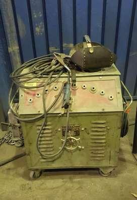 Oportunidad!! Soldadora eléctrica por arco voltaico Aguila 350 Amperes