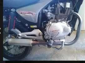 Honda titán pra
