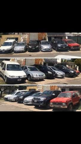 Varios vehiculos vendo permuto financio