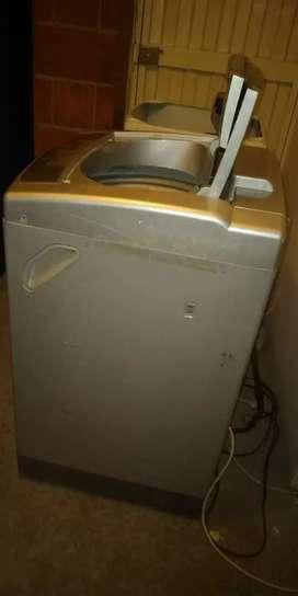 Mantenimiento y reparación de lavadoras y neveras