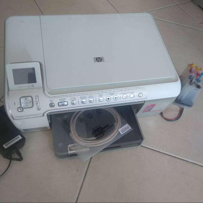 Impresora Multifunción HP C5280 (con accesorios)