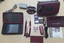 Nintendo DSI XL usado + kit con todos los accesorios