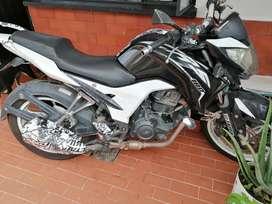VENDO MOTO CR5 180CC