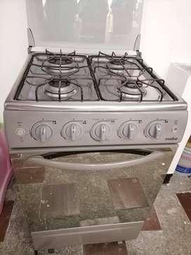 Estufa Mabe 4 puestos + horno + gratinador