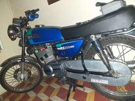 Se vende rx 100 modelo 2006