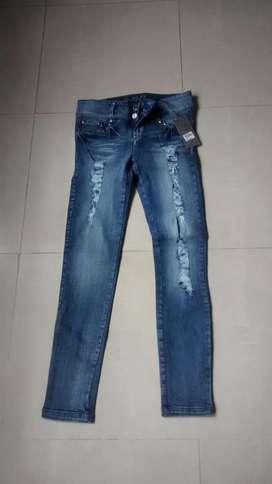 Jeans marca ELA