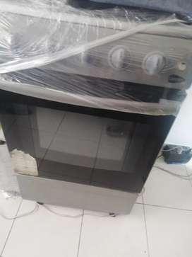 Estufa 4 puestos con horno