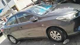 Ocasión vendo Toyota Yaris 2014