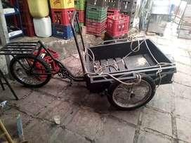 Triciclo en buen estado se vende por no uso