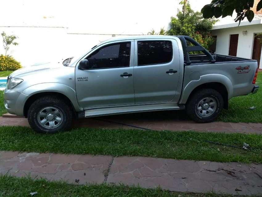 Vendo Toyota Hilux Sr 2011 4x4 0