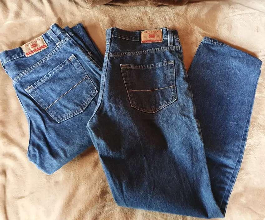 Pantalon jeans 0