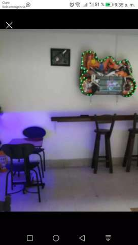 Se vende bar negociables .