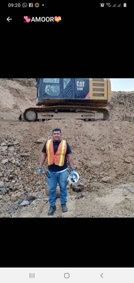 Operador de excavadora. gallineta