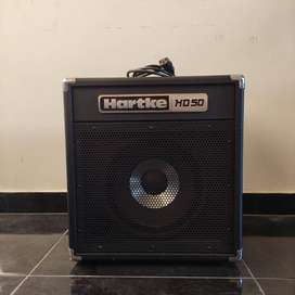 Amplificador de Bajo Hartke HD50 de 50w como nueva Con Forro