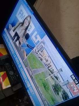 Vendo o permuto tv 32pg  philips con control anda perfecto