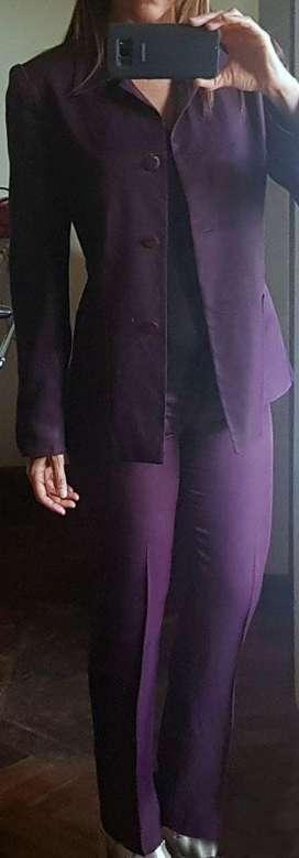 Conjunto mujer saco y pantalon. Talle 1
