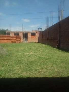 Vendo hermoso terreno 300 mtr cuadrados 10x30 barrio don santiago recibo vehiculo
