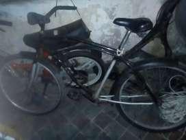 Cambio bici playera anda de diez