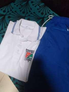 Se vende uniforme de instituto tebaida