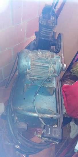 Vendo compresor de 150 psi
