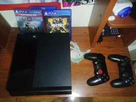 Play station 4 2 controles 3 juegos (Negociable)