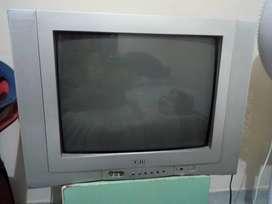 Se vende televisor jwin de 21 pulgadas en buen estado