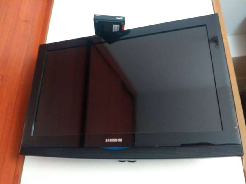 "TV Samsung 32"" HD 0"