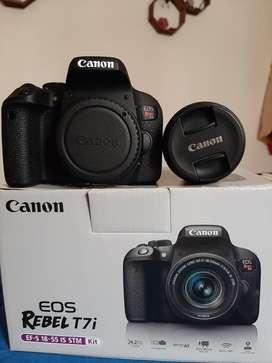 Camara Canon Eos Rebel T7i & Gorrillapod