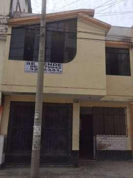 Venta de casa de dos pisos en SJL