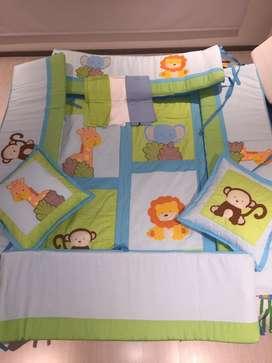 Lenceria temarica muñecos de la selva para cama cuna sencilla