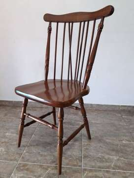 Silla Windsor Americana en madera asiento anatómico.
