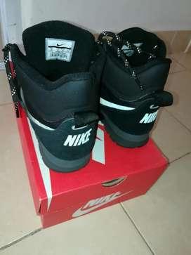 Permuto zapatillas Nike por joystick de ps3