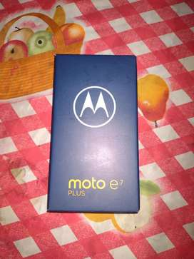 MOTO E7 PLUS TREMENDO TELÉFONO