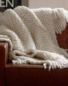 Mantas tejidas en lana de oveja. Por encargo y a medida.