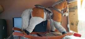 Juguete antiguo caballo mecedor