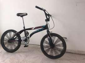 Vendo bicicleta con super rines