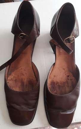 Zapatos Marrones de Cuero