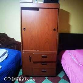 Cama y closet personal