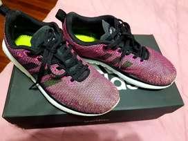 Vendo zapatillas Adidas Original N 37 (poco uso)