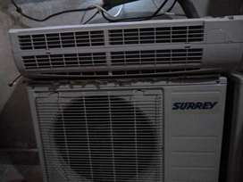 Aire acondicionado marca Surrey ,de 2500 frig.casi nuevo