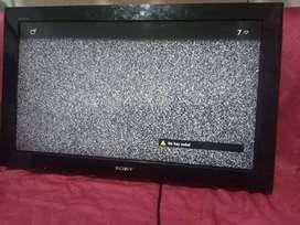 TV SONY Bravia (algunos rayones) Buen estado