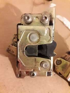 Cerradura manual gol 3 puertas