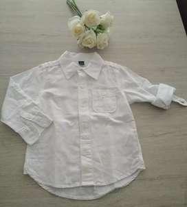 Camisa niño talla 4/5 de Gap nueva sin etiquetas