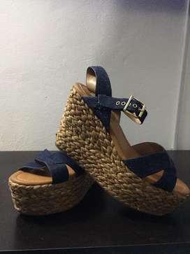 Sandalias super lindas a la venta
