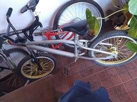 bici bmx Gomas nuevas camara nueva llantas nuevas