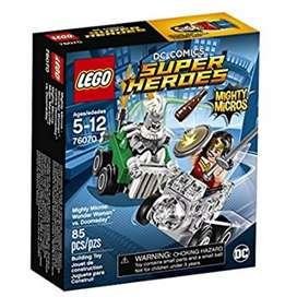 LEGO, Superhéroes Mighty Micros, Wonder Woman vs Doomsday. Nuevo