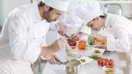 Se necesita ayudante de cocina con experiencia