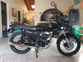 Vendo  moto akt, nkd 125 modelo 2021