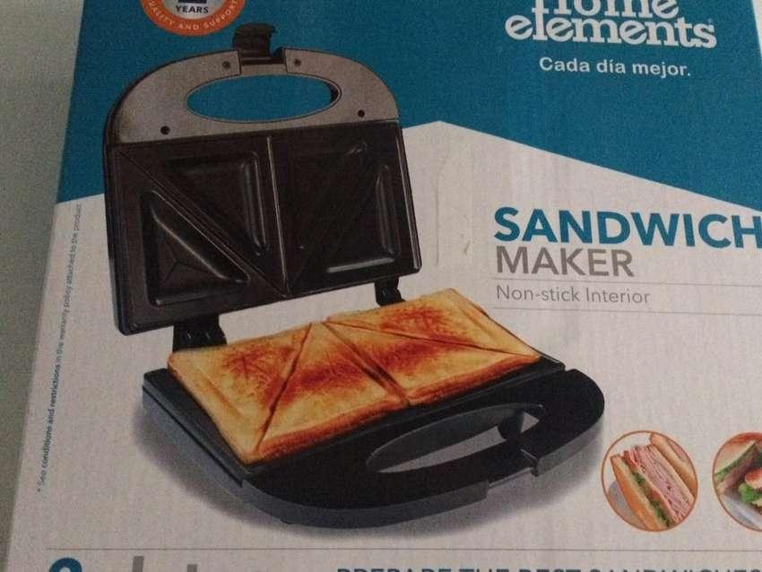Sandwichera Home elements