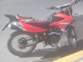 VENDO  MOTO RANGER  USD 380$ NEGOCIABLE